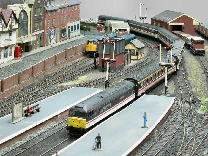 East Ham Model Railway Club Web Site Sparkford Layout